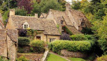 Cамая сказочная и самая красивая старинная деревня Великобритании: Бибери