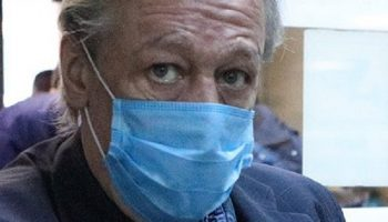 Суд объявил приговор Михаилу Ефремову: в совершении смертельного ДТП его признали виновным