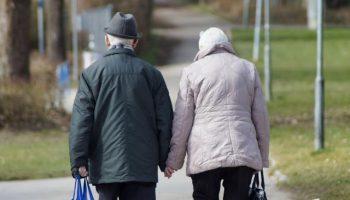 Сосед мне как-то сказал: «Вы, пенсионеры, отработанный шлак для общества»
