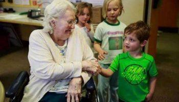 Канадцы объединили детские приюты и дома престарелых