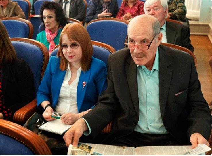 Так Вика и ее пожилой супруг выглядит сейчас - фото из поиска Яндекс.Картинки