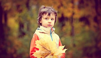 Пятилетний Женька хитро посмотрел на маму: почему я не похож на папу?