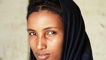 Один из самых загадочных народов Африки — туареги, синие люди пустыни