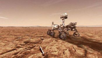 NASA опубликовала видео со звуком с Марса и первые цветные фото с высоким разрешением.